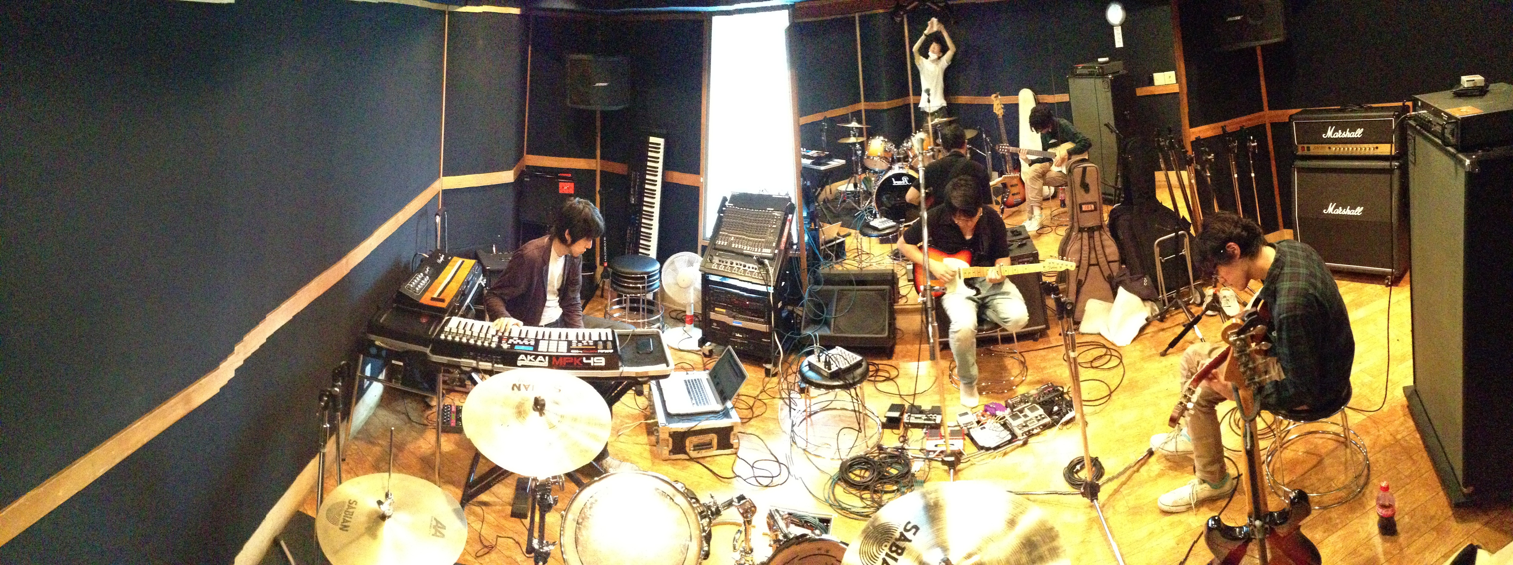 studio photo -1- 10/28に向けて